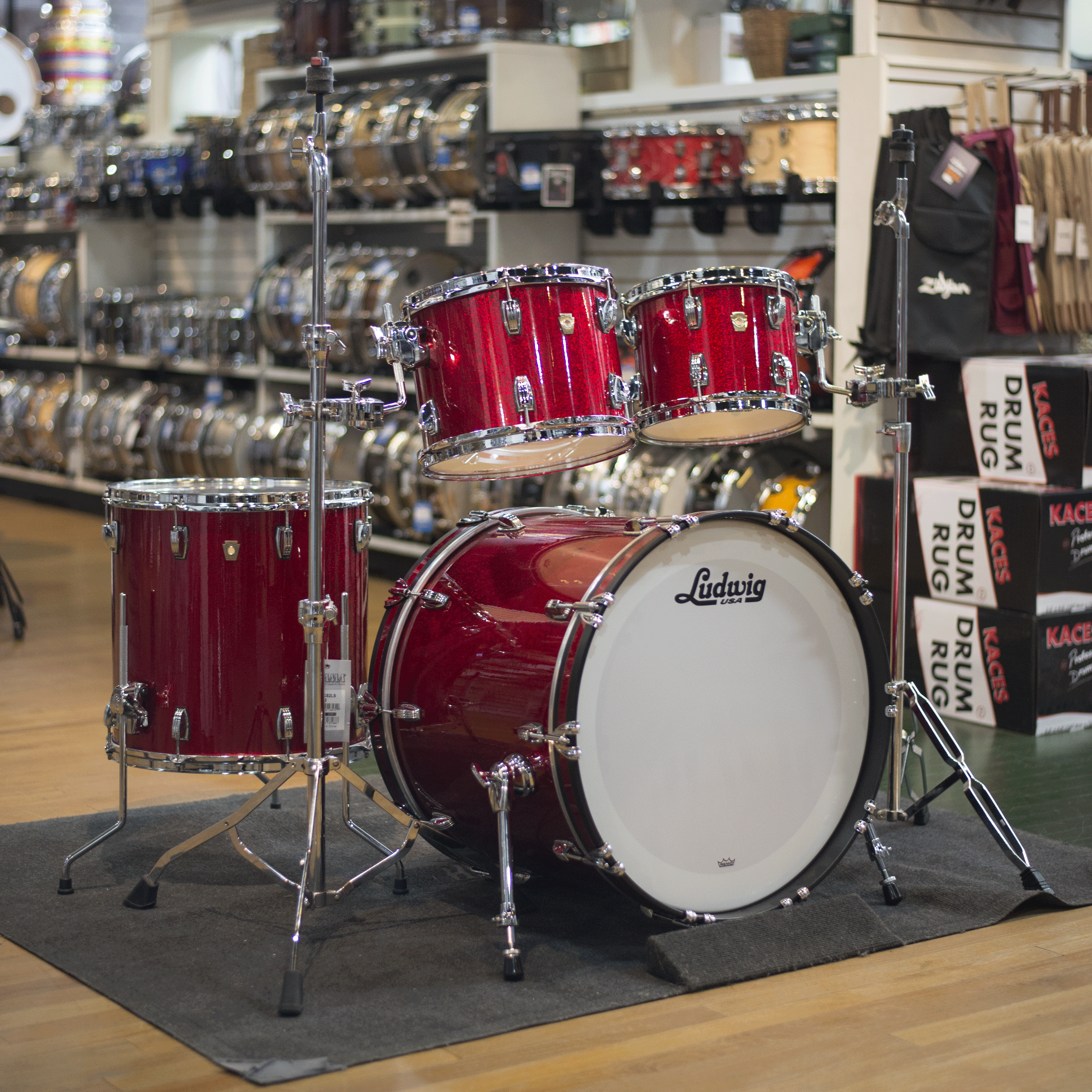 ludwig classic maple drum kit in red sparkle ebay. Black Bedroom Furniture Sets. Home Design Ideas