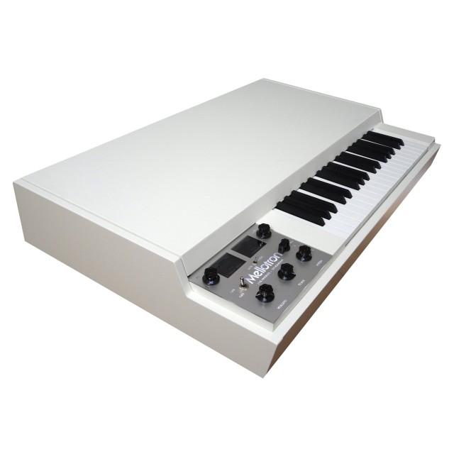 Mellotron M4000D Image #1