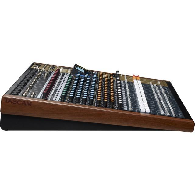 tascam model 24 digital multitrack recorder analog mi. Black Bedroom Furniture Sets. Home Design Ideas