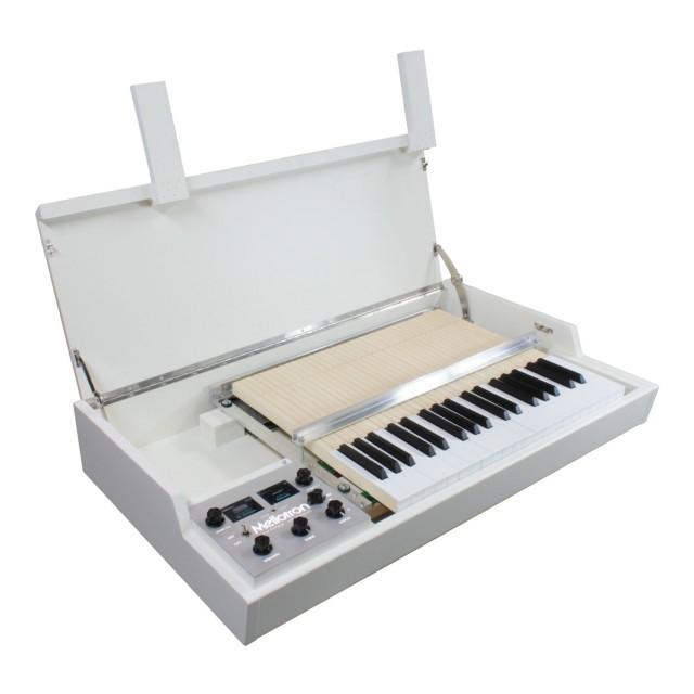 Mellotron M4000D Image #4