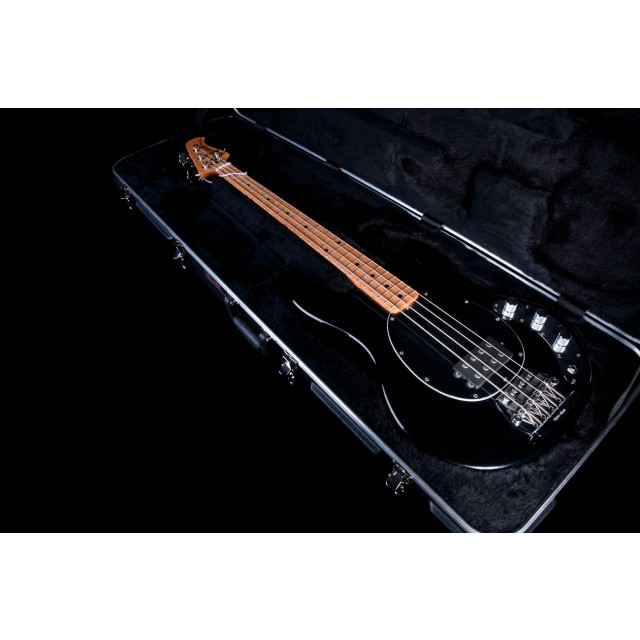 ernie ball music man classic stingray 4 string bass in b. Black Bedroom Furniture Sets. Home Design Ideas