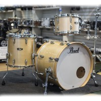 Pearl Wood Fiberglass Shell Kit in Platinum Mist