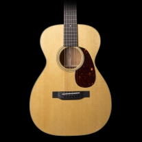 Martin 018 Grand Concert Acoustic Guitar w/ Case