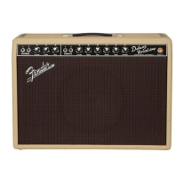Fender Limited Edition 1965 Deluxe Reverb Tube Guitar Combo Amplifier in Tan
