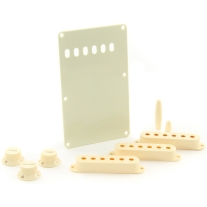 Fender Strat Aged White Accessory Kit