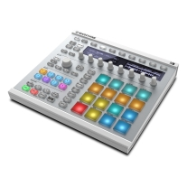 Native Instruments MASCHINE MK2 (White) w/ Native Instruments KOMPLETE 11 Bundle