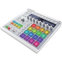 Native Instruments MASCHINE MK2 W/Komplete 11 Ultimate Upgrade for Komplete Select