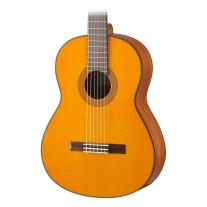 Yamaha CG142CH Solid Cedar Top Natural Classical Acoustic Guitar