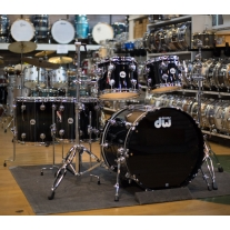 DRUM WORKSHOP DRLC5PCLCSB 5PC COLLECTORS SHELL KIT IN SOLID BLACK LACQUER