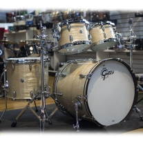 Gretsch Brooklyn Series Drumkit in Creme Oyster Nitron Wrap