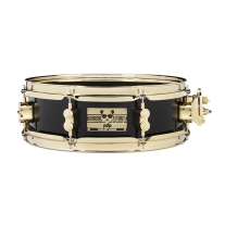 PDP PDSN0413SSEH Eric Hernandez 4x13 6 Ply Maple Snare In Piano Black Lacquer
