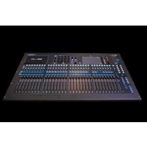 Allen & Heath QU-32 38 In/28 Out Digital Mixer